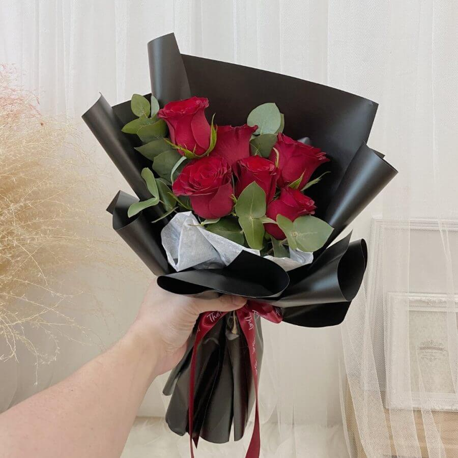 Red Roses Flower Bouquet - 1